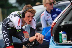 Calentamiento para una carrera ciclista