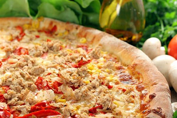 Pizza de atún y pimiento